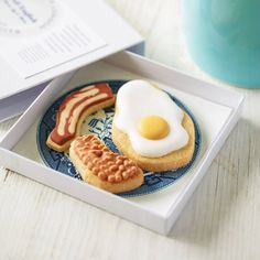 'Full English' Biscuits. Perfect for Father's day breakfast in bed!