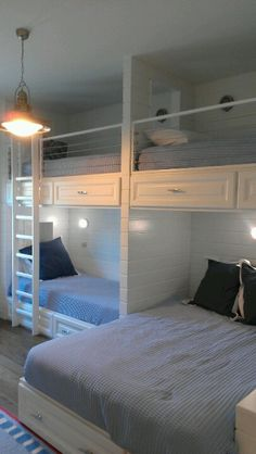 Love this nautical room, perfect for houseguests or kids.