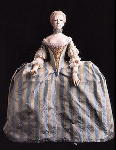 https://flic.kr/p/4kcphZ   archiduquesa María Antonieta, por George Stuart