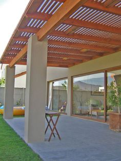 Terraza on pinterest pergolas retractable canopy and for Cobertizo de madera ideas de disenos