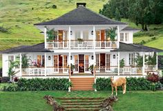 Oprah's amazing ranch in Hana, Hawaii is anything but old school. This modern take on farmhouse living is perfectly landscaped and ready for the summer.