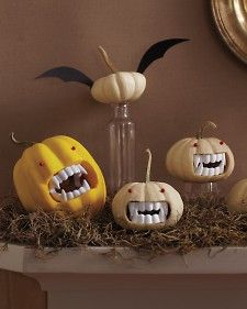 pumpkins w/teeth