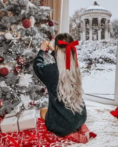 Image about christmas in 🎅 Xmas 🎄Holidays 🍾 by Miss Jessie J Christmas Couple, Christmas Mood, Cozy Christmas Outfit, Christmas Onsies, Christmas Clothes, Xmas Holidays, Christmas Fashion, Christmas Countdown, Followers En Instagram