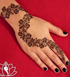 Beautiful Easy Finger Mehndi Designs Styles contains the elegant casual and formal henna patterns to try for daily routines, eid, events, weddings Henna Hand Designs, Eid Mehndi Designs, Mehndi Designs Finger, Arabic Henna Designs, Mehndi Designs For Beginners, Mehndi Designs For Fingers, Mehndi Design Pictures, Latest Mehndi Designs, Simple Mehndi Designs
