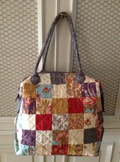 pitimini: Mary Popins Patchwork Bags, Quilted Bag, Nine Patch, Handmade Bags, Diaper Bag, Mary, Shoulder Bag, Quilts, Purses
