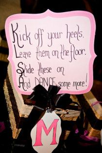 118e3caae189 Sign for flip flops Wedding Reception Flowers