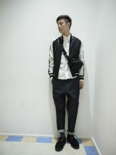 MID by MIDWEST NAGOYA | ニノミヤユウスケさんのブルゾン「MIDWEST ANREALAGE × MIDWEST 別注 リバーシブルスカジャン」を使ったコーディネート