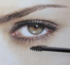 25045e48a3c 25 Mini Bottom Lash Mascara Applicators Disposable Makeup Brush Wand Tool  #5029