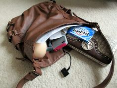 GUEST BLOGGER: What's in my purse? http://www.pretty-random-things.com/2012/05/guest-blogger-whats-in-my-purse.html