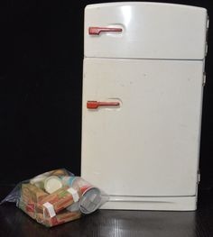 One just like mine...VINTAGE 1950'S WOLVERINE CHILD'S TIN PLAY REFRIGERATOR FREEZER with toy food #WOLVERINE