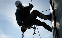 When working in tough environments, it is essential to be able to count on the performance and quality of your gear.