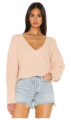 Shop for superdown Marlene Crop Sweater in Oatmeal at REVOLVE. Daily Front Row, Cropped Sweater, Wedding Styles, Curvy, Street Style, Fashion Outfits, Crop Tops, Hoodies, Oatmeal