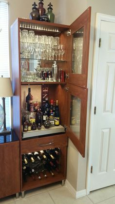 ikea liquor cabinet build liquor cabinet pinterest hausbars herrenzimmer und bar. Black Bedroom Furniture Sets. Home Design Ideas