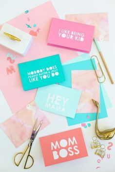 DIY Typography Mother's Day Cards | lovelyindeed.com