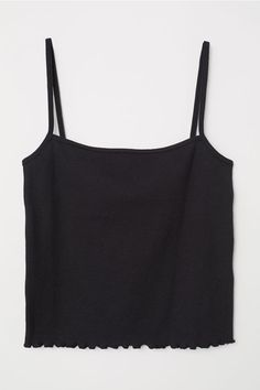 Short camisole top in ribbed jersey with narrow shoulder straps. Winter Mode Outfits, Winter Fashion Outfits, Summer Outfits, Moda Rock, Cute Lazy Outfits, Cute Crop Tops, Short Tops, Looks Cool, Ladies Dress Design