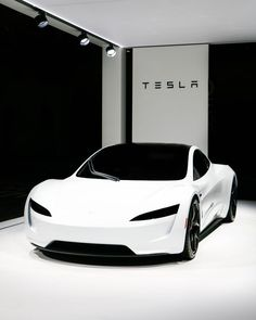 The new Tesla Roadster looks straight from the future! Makes us think of Stormtroopers, but better! The new Tesla Roadster looks straight from the future! Makes us think of Stormtroopers, but better! Luxury Sports Cars, Top Luxury Cars, Exotic Sports Cars, Sport Cars, Exotic Cars, Tesla Motors, New Tesla Roadster, Dream Cars, Auto Girls