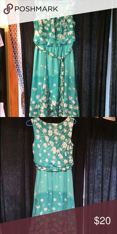 Dress Very pretty flowered dress with waist tie. All reasonable offers accepted. Dresses Midi