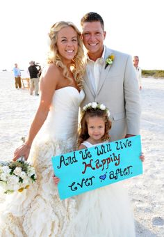 Cute wedding photo idea. With Brylee on the beach @Fallon Muncie D
