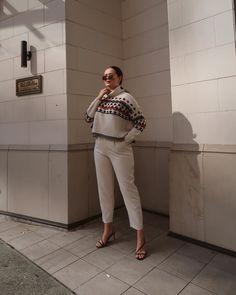 Autumn Winter Fashion, Fall Winter, White Jeans, Khaki Pants, Fashion Tips, Fashion Trends, Style Inspiration, Womens Fashion, Outfits