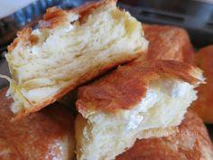 Ζουζουνομαγειρέματα: Τυρόπιτες πακετάκια με σπιτική σφολιάτα μαγιάς! Greek Recipes, Sandwiches, Clever, Amazing, Bread, Greek Food Recipes, Paninis