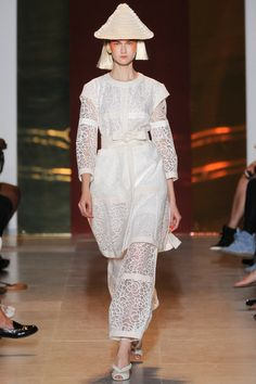 Tsumori Chisato Spring 2014 Ready-to-Wear Collection Slideshow on Style.com