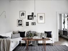 Living room decor tips A great interior design tip is employing the wasted space to work with. This adds interest on the room more eye-catching and attractive. Room Inspiration, Decor, Interior Design, Living Room Scandinavian, Home, Living Room Decor Pillows, Living Room Diy, Living Room Remodel, Cozy House