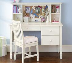 Schreibtisch Kinderzimmer weiß Stuhl Regale Mädchenzimmer verspielt