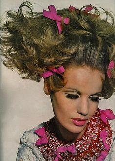 Veruschka, Vogue, 1965  Photo by Irving Penn