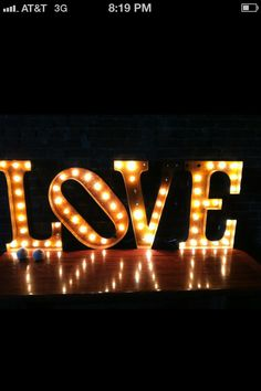 Friend from Nashville shared this with me.   How cool!   Especially for Vegas wedding receptions!