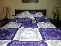 Bandana quilt - purple and white