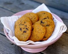 Chocolate chip cookies – Berit Nordstrand Norwegian Food, Norwegian Recipes, Healthy Snacks, Healthy Recipes, Desert Recipes, Chocolate Chip Cookies, Eat Cake, Dairy Free, Nom Nom