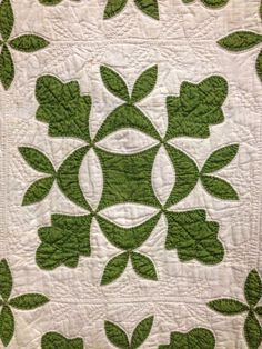 Antique quilts at the Vermont Quilt Festival - There was a wonderful display of. - Antique quilts at the Vermont Quilt Festival – There was a wonderful display of antique quilts a - Quilts Vintage, Old Quilts, Antique Quilts, Scrappy Quilts, Quilt Festival, Quilting Projects, Quilting Designs, Quilt Design, Quilting Ideas