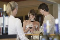 14 Rules for Winery Tasting Room Etiquette | Do's and Don'ts for a Successful Winery Trip