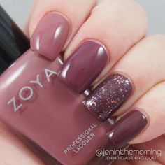 Zoya Naturel Deux Ombre nails