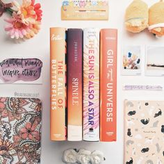 Book girl reading young adults 50 Ideas for 2019 I Love Books, Books To Read, My Books, Book Club Books, Book Lists, Books For Teens, Book Aesthetic, Book Girl, Book Nooks