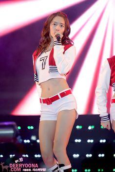Girls Generation, Im Yoon Ah, Yoona Snsd, Celebs, Celebrities, Kpop Girls, Asian Beauty, Girl Group, Cute Girls