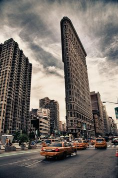 Hello New York. Flat Iron                                                       …