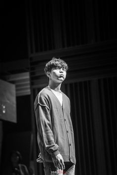 On May Yoo Seung Ho held his fanmeeting with his fans in Seoul. The actor hadn't held any fanmeeting in his home country. Lee Hyun Woo, Korean Male Actors, Handsome Korean Actors, Yoo Seung Ho, Park Bogum, Best Young Actors, Love U Mom, Kim Young, Handsome Asian Men
