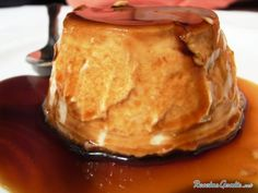 Aprende a preparar flan de Pana y queso crema con esta rica y fácil receta. hervir la pana madura una vez hecha majarla con el queso crema luego anadir el resto de...