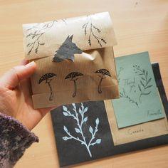 Today's mail. 😊📬🍄 #snailmail #mail #etsyorder #mailday #packaging #packagingart #drawing #fox #nature #botanical #illustration #illustrationartists #etsycustomorder #etsyseller #etsy #etsysellersofinstagram #letter #revonvilla #luonto #metsä #kettu #posti #kirje #piirtäminen #kuvitus