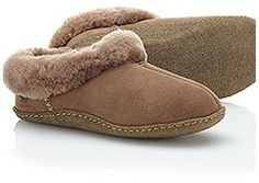 Women's NakiskaTM Shearling SlipperStay warm when the temperature drops with these ultra-cozy slippers featuring a suede upper and natural rubber sole for durability. Construction Double-sided shearling upper Removable molded EVA comfort footbed Natural rubber outsole Weight: 6 oz / 170 g Imported Fabric : UPPER Shearling FOOTBED EVA OUTSOLE Natural rubber