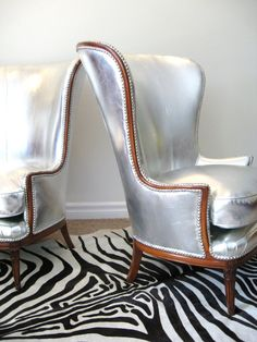 Only I would reupholster the seats in matching silver velvet.  Mmmmm.  Awesomely over-the-top and ridiculous.
