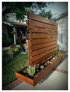 Cheap Privacy Fence, Privacy Fence Designs, Privacy Screen Outdoor, Privacy Landscaping, Privacy Walls, Landscaping Ideas, Deck Privacy Screens, Balcony Privacy, Privacy Fence Decorations