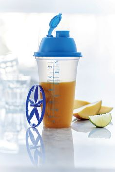 Shake, serve and enjoy! Make a quick and easy dressing or shake in your Quick Shake® and enjoy a healthy meal anytime, anywhere!