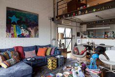 Open house + Brastemp 60 anos - Helinho Calfat. Veja: http://www.casadevalentina.com.br/blog/detalhes/open-house-+-brastemp-60-anos--helinho-calfat-3051 #decor #decoracao #interior #design #casa #home #house #idea #ideia #detalhes #details #openhouse #style #estilo #casadevalentina #livingoom #saladeestar