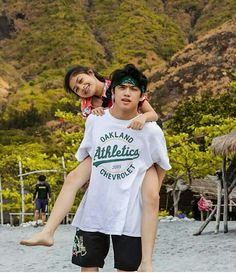 Ranz kyle viniel evidente ongsee with his sister Chelseah Hilary Evidente Ongsee 💕 Ranz Kyle, Siblings Goals, Youtube Stars, Oakland Athletics, My Friend, Friends, Youtubers, Athlete, Sisters