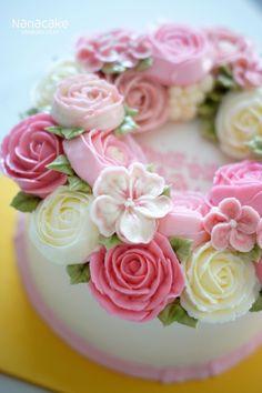존경하는 선배님께 고마움을 전하는 특별한 선물 나나케이크 by.나나 오랫만에 상콤한 핑크색감으로 연출해...