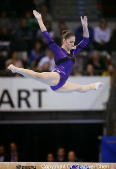 Aliya Mustafina Gymnastics World, Elite Gymnastics, Gymnastics Posters, Gymnastics Photography, Gymnastics Pictures, Artistic Gymnastics, Gymnastics Leotards, Aliya Mustafina, Sport Tennis
