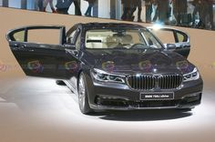 2016 BMW 750Li xDrive - Frontal View - Want to see more? Follow the link on the photo for BMW at IAA Frankfurt 2015!