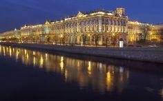 имний дворец ночью